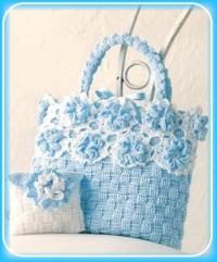 Вязание крючком. Вязаная веселая сумочка и косметичка.