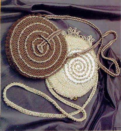 Вязание крючком. Маленькая круглая сумочка.