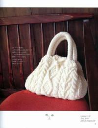 Вязание спицами. Белая сумочка, связанная спицами.