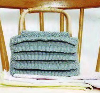 Вязание спицами. Сумочка, связанная спицами.