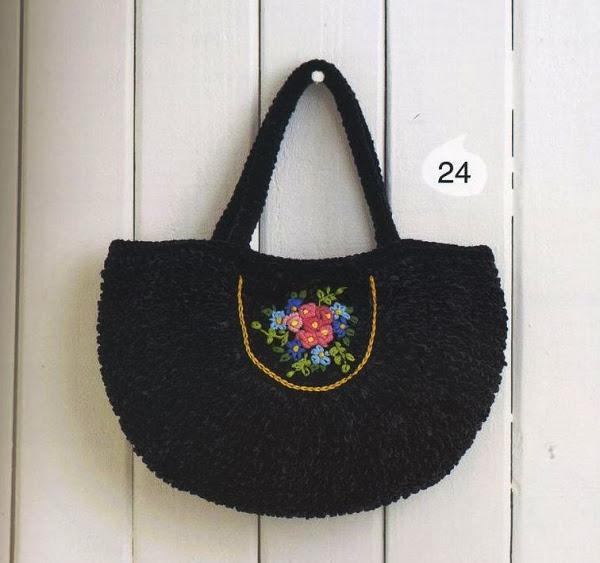 Вязание крючком. Тучный мешок, связанный крючком с вышивкой.